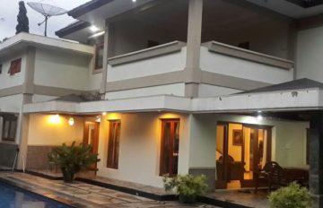 Villa Di Kota Batu Malang Untuk Keluarga Dan Rombongan